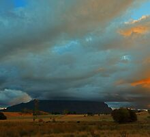 Mount Roland Sheffield Tasmania by tinnieopener