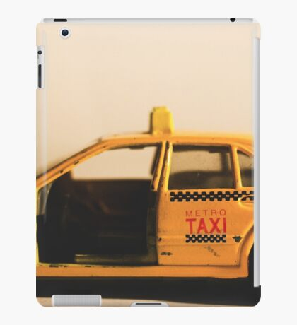 Destroyed New York Taxi iPad Case/Skin