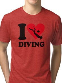 I love diving Tri-blend T-Shirt