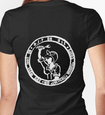 DIY Or Die Girl No CSG No Monsanto Womens Fitted T-Shirt