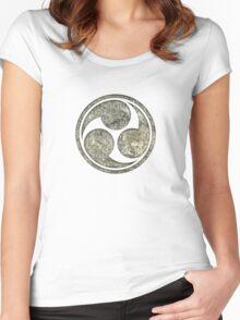 Shinto Trinity Japan, Symbol Mitsu Tomoe, Triskelion Women's Fitted Scoop T-Shirt