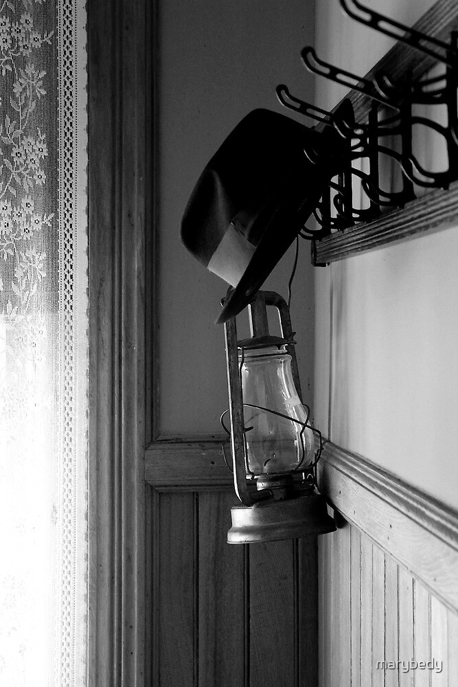 Lantern and Hat Old Mac Lighthouse BW by marybedy
