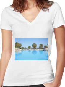 swimming pool summer vacation scene Women's Fitted V-Neck T-Shirt