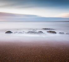 255 second exposure on Eastbourne beach by willgudgeon