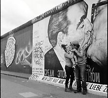 the kiss • berlin, germany • 2013 by lemsgarage