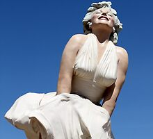 """The """"Forever Marilyn"""" sculpture..... by DonnaMoore"""