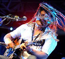 Ash Grunwald - Musician Closeup by Stuart Blythe