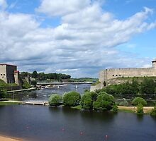 view fortress of Narva and Ivangorod fortress by mrivserg