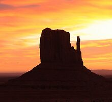 Sunrise - Monument Valley by Honor Kyne