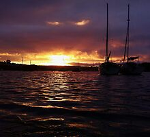 Harbour Sunset 2 by MisterW
