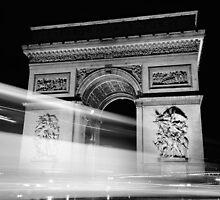 Arc de Triumph at Night by Kyle Myburgh