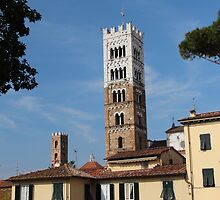 Lucca, Italy by MelTho