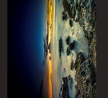 Turrimetta Beach Sunrise (iPad Retina/2 case) by gerryligon