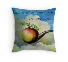 Ceci n'est pas une pomme ni une pipe Throw Pillow