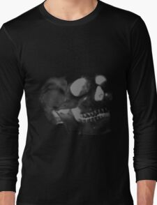 Skull grey on black Long Sleeve T-Shirt