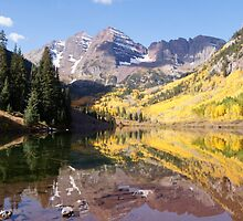 Maroon Bells, Aspen Colorado by Christine  McClintock