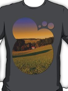 Beautiful sundown in the countryside | landscape photography T-Shirt