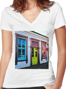 colourful cunda Women's Fitted V-Neck T-Shirt