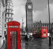Color Selection of Telephone & Bus in London by IRobsooon