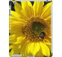 Cute Bumble Bee on a Sunflower iPad Case/Skin