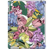 Bright spring pattern with tulips and hydrangea iPad Case/Skin