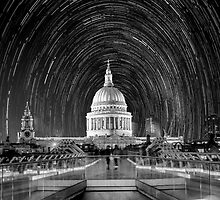 ST. Pauls Cathedral Star Trail by NPetridesPhotog
