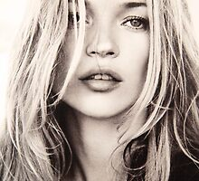 Kate Moss  by michaelroman