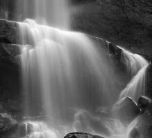 Ramboda Falls, Sri Lanka by Cherrybom