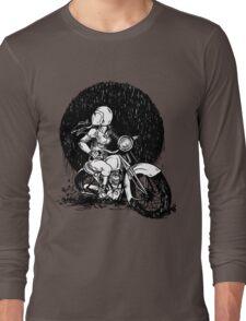 Women Who Ride- We like Dirt and We got Titties Long Sleeve T-Shirt