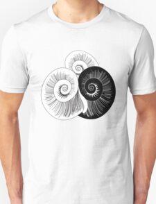 graphic pattern of shells  T-Shirt