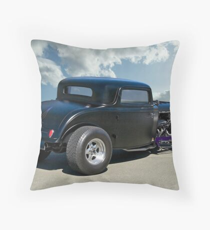 1932 Ford Coupe - Rear View Throw Pillow
