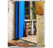 blue door and bull iPad Case/Skin