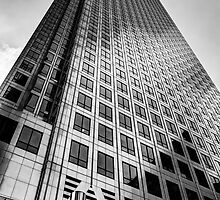Canary Wharf Tower by DavidHornchurch