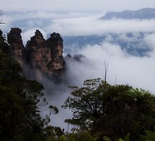 Blue Mountains - Three Sisters in the Clouds by Timothy Kenyon