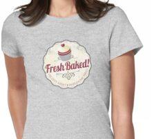 red velvet cupcake badge vintage grunge Womens Fitted T-Shirt