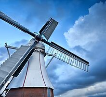 Dutch windmill by Olha Rohulya