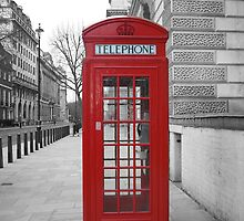 London Telephone Box by UrbanPictures