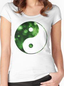 Yin Yang Weed Women's Fitted Scoop T-Shirt