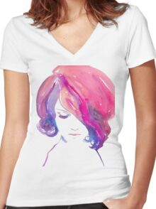 GLAMOUR. Women's Fitted V-Neck T-Shirt