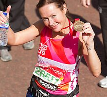 Amanda Mealing with her London Marathon medal by Keith Larby