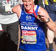 Danny Crates with his London Marathon medal by Keith Larby