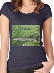 MUSKY T-SHIRT Women's Fitted Scoop T-Shirt