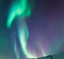 The aurora giant by ArnarBergur