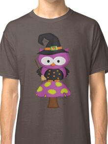 Witchy Owl  Classic T-Shirt