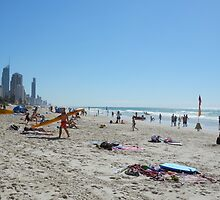 Surfers Paradise from Broadbeach Beach Easter Monday by FangFeatures