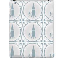 Delft blue tile effect Rocket scientist.  iPad Case/Skin