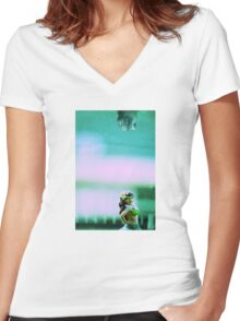Hula Girl Women's Fitted V-Neck T-Shirt