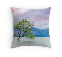 Lake Wanaka - New Zealand Throw Pillow