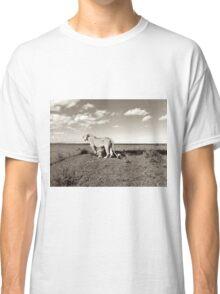 Linked Lions  Classic T-Shirt