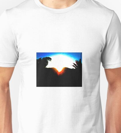 A MOUNTAIN SUNSET KISS Unisex T-Shirt